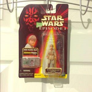 Obi-Wan and Anikan figurines. Star Wars